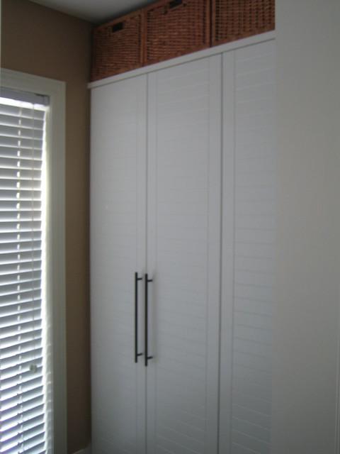 Closet   White contemporary-closet