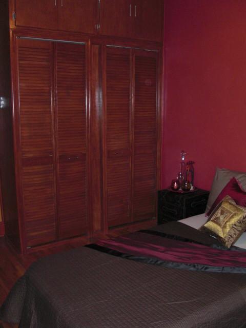 Closets by SEI traditional-closet