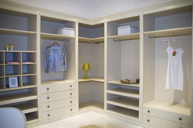 Closets by United Cabinets - Eclectic - Closet - bridgeport - by ...