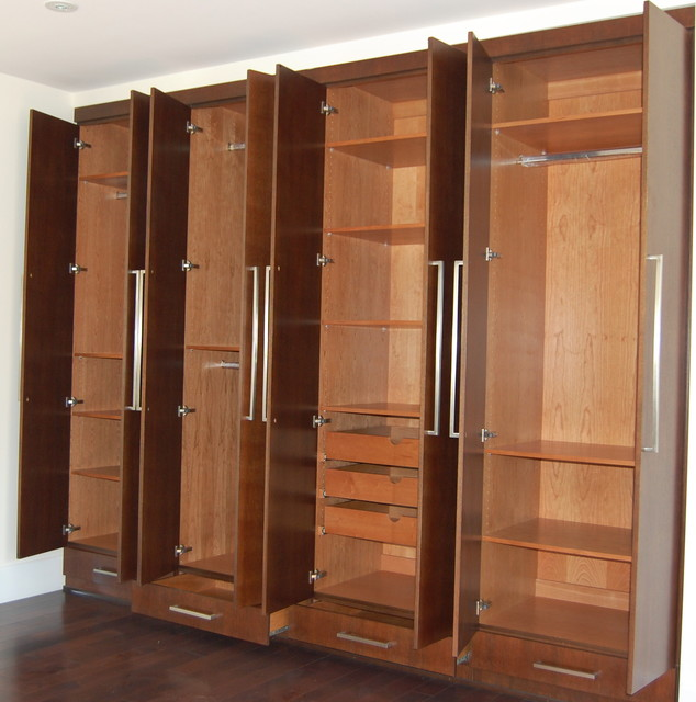 Closets cabinets modern closet los angeles by d o - Bedroom cabinets with sliding doors ...