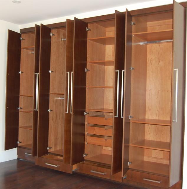 Closets cabinets moderno armario los ngeles de d for Valor closet en madera
