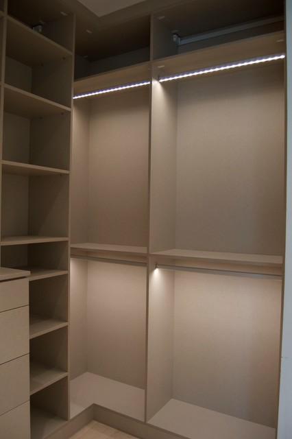 Closets Unlimited Dubai Wardrobe