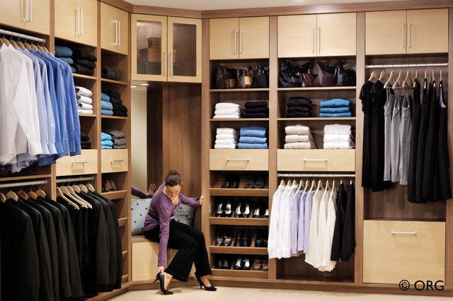 Two tone custom his and hers walk in closet contemporary for His and hers wardrobe