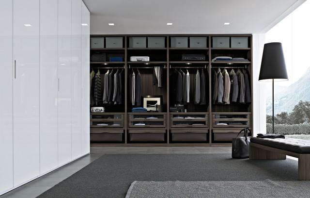 contemporary closet by Poliform USA