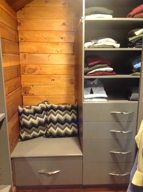 Contemporary Master Suite contemporary-closet