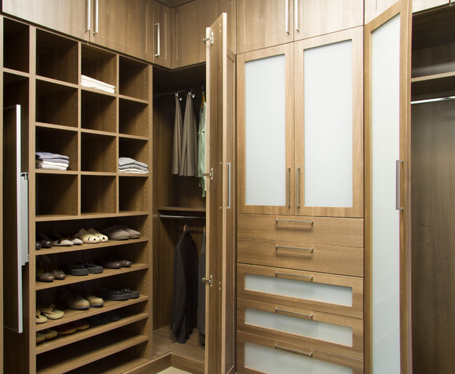 Copa cabana built in closet with frosted glass inserts for Modern built in closet