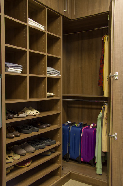 Copa cabana built in closet with frosted glass inserts for Closets by design chicago