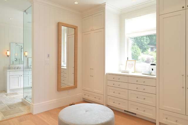 Architects Craftsman Beach House Gibsons BC Style Wardrobe