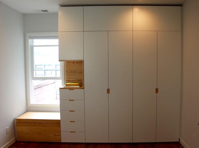 Custom Closet - Designer White - Modern - Förvaring & garderob - san ...