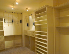 Custom Closet Ideas and Features traditional closet