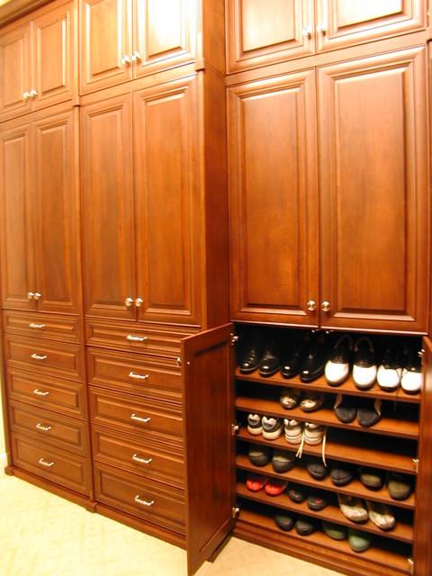 Custom Closet Ideas and Features traditional-closet