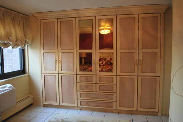 Closets home offices wardrobe sliding door closet traditional closet
