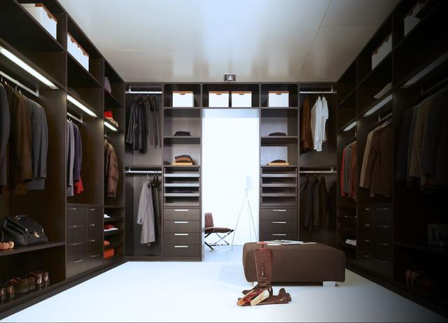 Custom Closets Modern Wardrobe