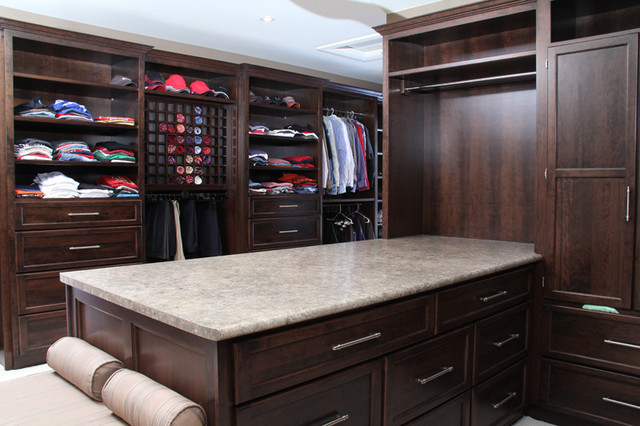 Custom Home 2 contemporary closet