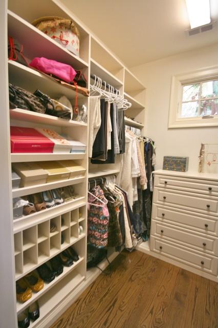 Custom Home traditional-closet
