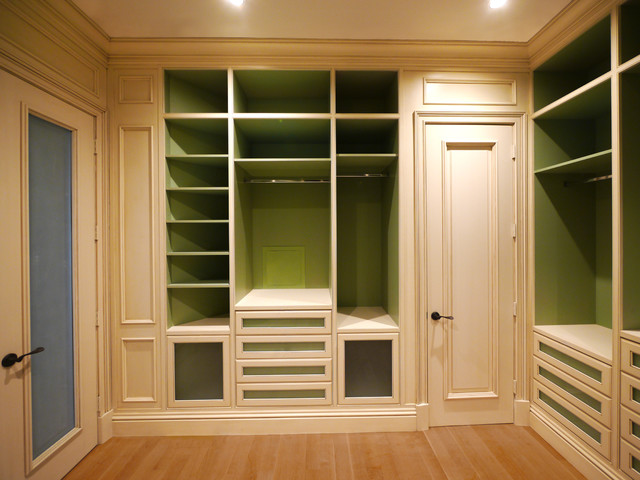 Custom Walk-In Master Closet