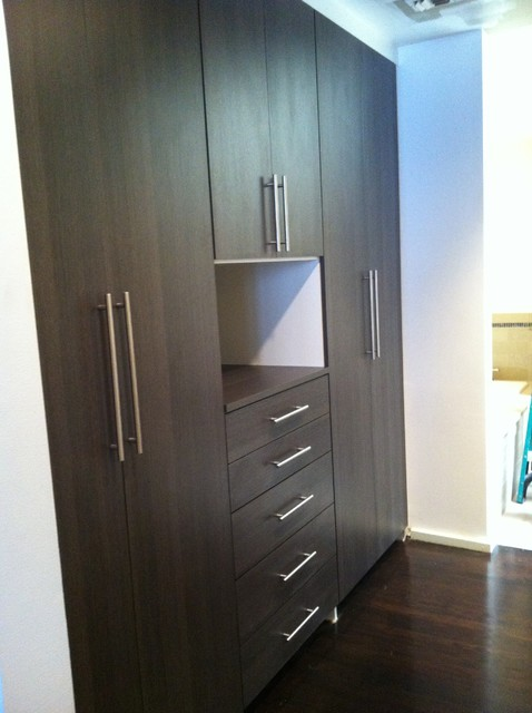 Captivating Custom Wardrobe   Downtown San Antonio Contemporary Closet