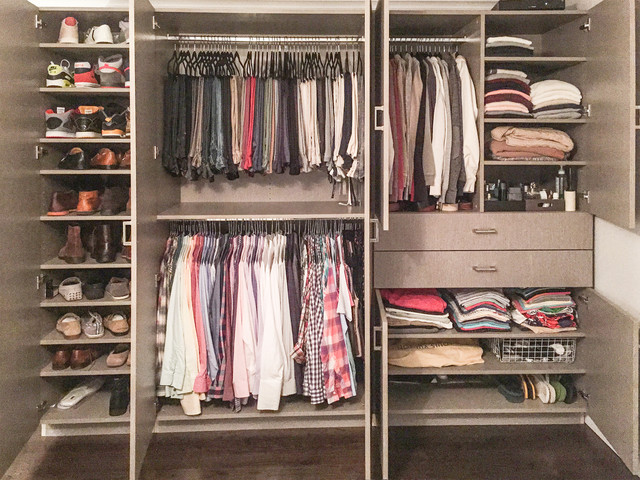 Custom wardrobe transitional closet