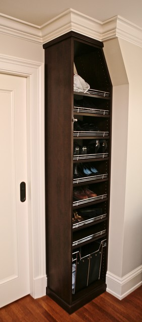 Dark wood Master walk in suite traditional closet
