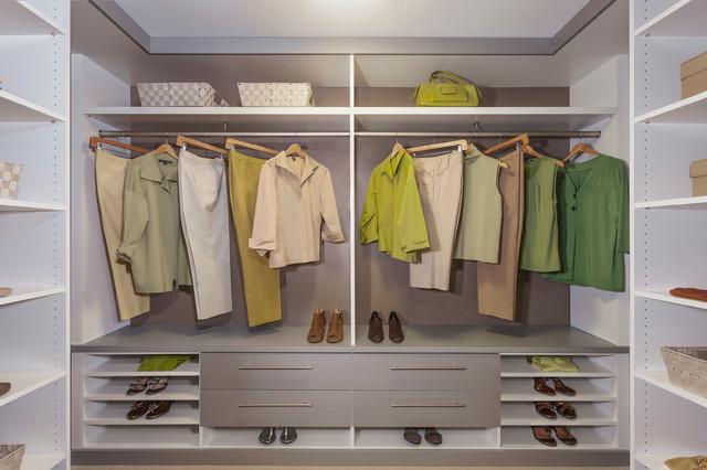 Dwell Design Labs Modern Closet Design - Modern - Förvaring ...