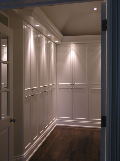 ensuite closet traditional closet