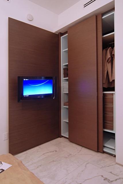 Fisher island -Miami Beach -Miami - Kundalini Residence modern-closet