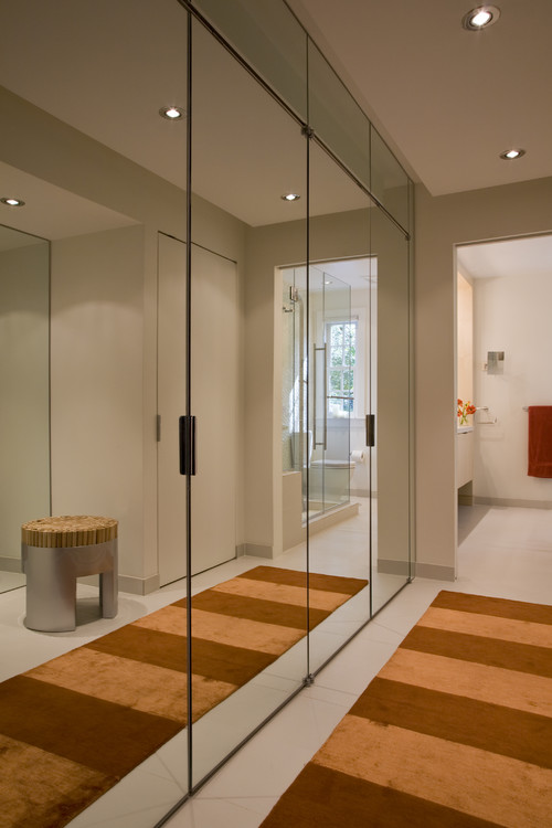 Awesome Mirror Closets On Both Sides Of Hallway?