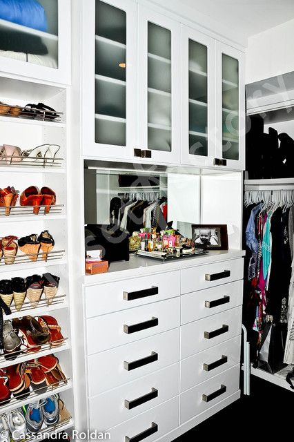 Fun white modern walk in closet - Modern - Closet - Miami - by Kay Wade, Closet Factory