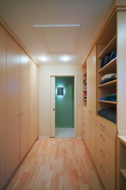 Glazier Way - Closet contemporary-closet