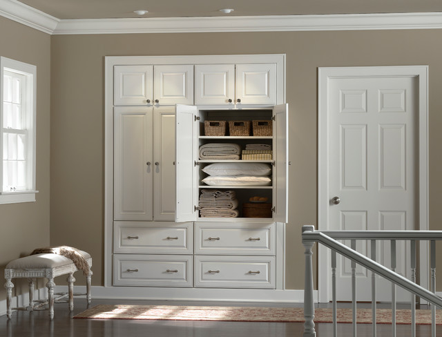 Hallway Closet - minneapolis - by Mid Continent Cabinetry