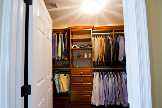 Handsome mens walk in closet traditional closet - Mens walk in closet ...