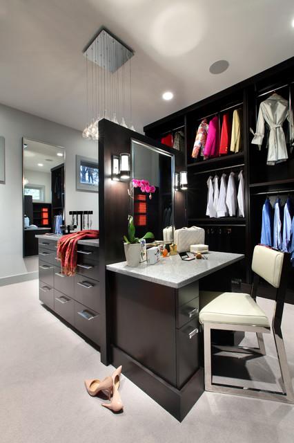 Makeup Vanity Inside Walk In Closet
