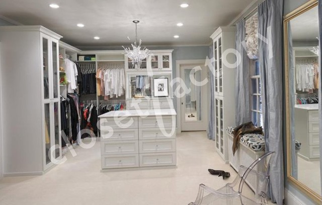Heavenly Closet traditional-closet