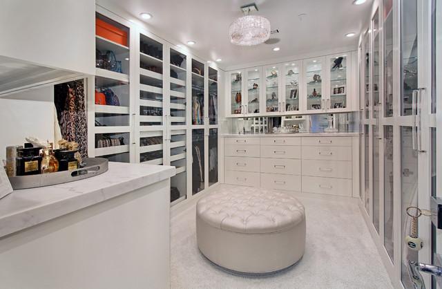 Heliotrope Soft Modern contemporary-closet