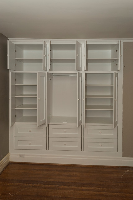 High Park two built-in closets - Traditional - Closet - Toronto - by Seva Rybkine