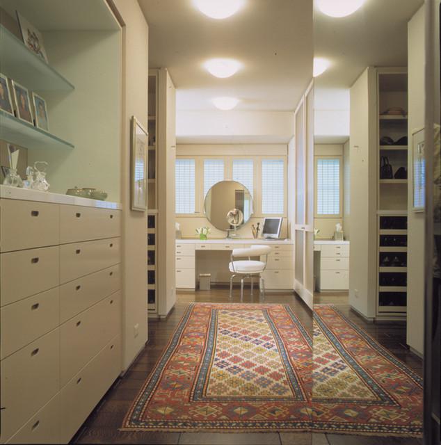 highland park contemporary-closet