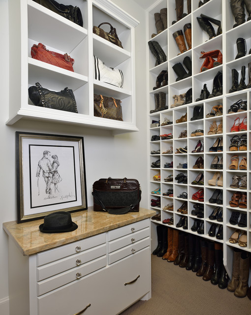 Houston traditional-closet