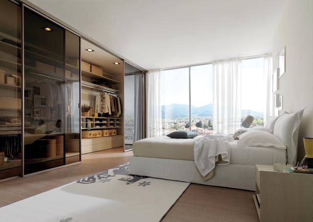 Merveilleux Italian Closets Modern Closet
