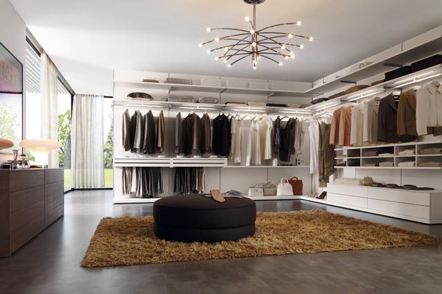 Cabina Armadio Moderna Miami : Italian closets moderno armadio miami di yamini kitchens