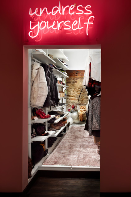 Jay Apartment Eclectic Closet Toronto By Stephane