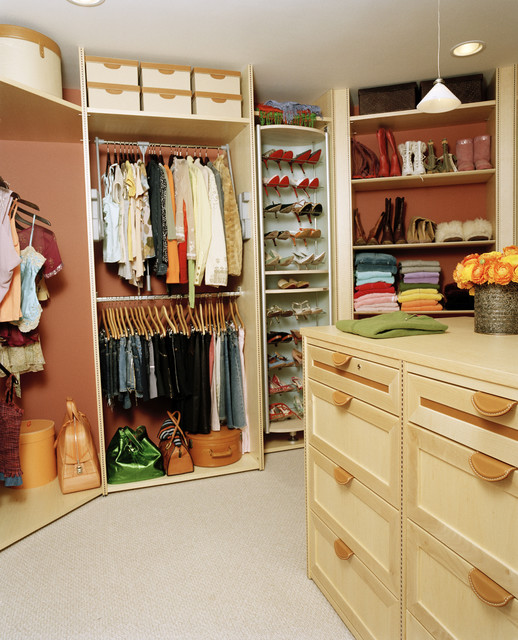 Jewel contemporary closet