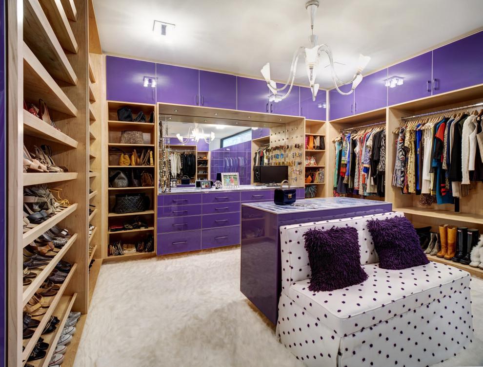 Trendy dressing room photo in Atlanta