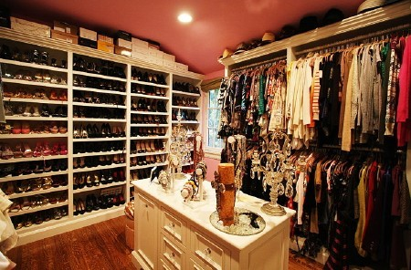 Beau Ladies Closet To Die For! Modern Closet