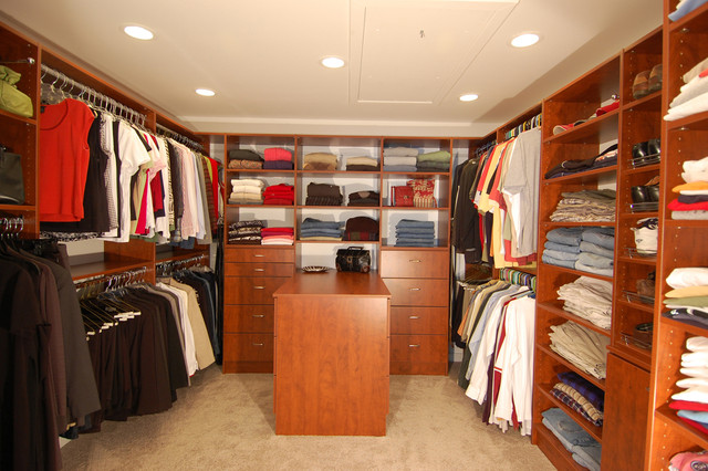 Large Walk In Closet, North Beach, MD Traditional Closet