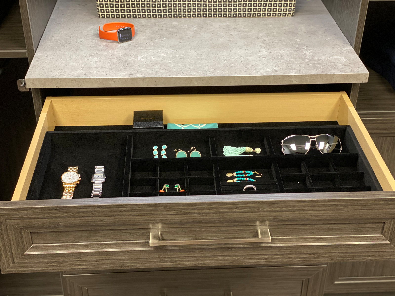 Lined jewelry drawer