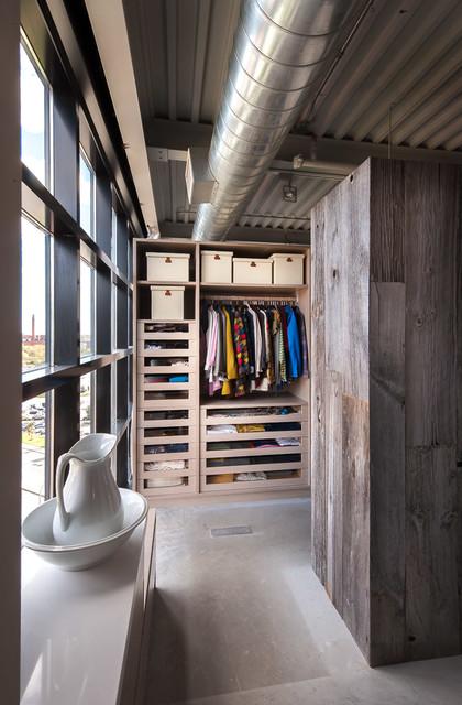 Loft Design Industriel Armoire Et Dressing Autres P 233 Rim 232 Tres Par Yorkville Design Centre