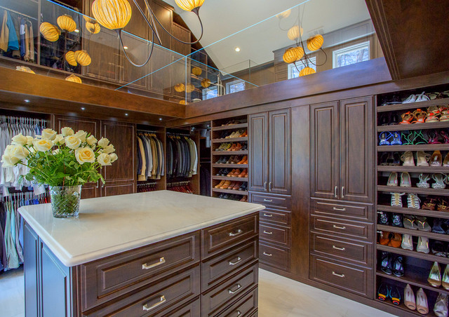 Charmant Large Elegant Marble Floor Walk In Closet Photo In Other With Raised Panel  Cabinets