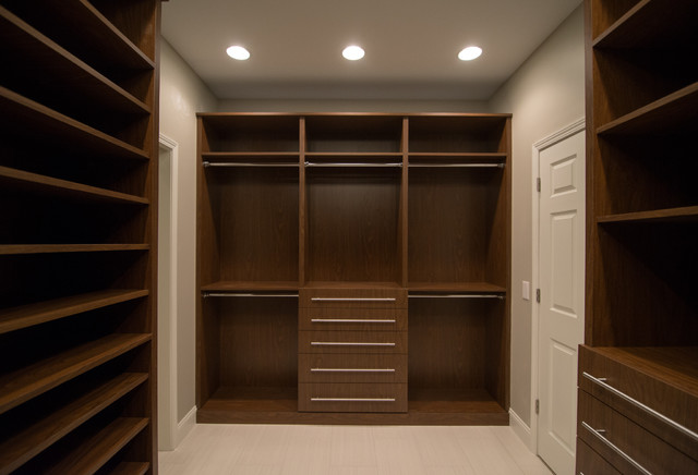 Lz Master Suite His And Hers Walk In Closetmodern Closet Detroit