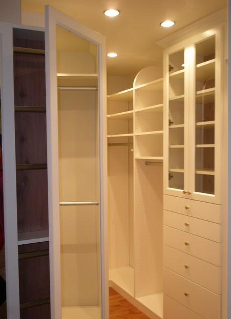 Malka's Closets traditional-closet
