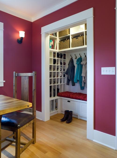 armadietto ingresso per cappotti